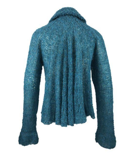 Strickweste kurz, weiches und flauschiges Alpaka, ein locker sitzendes Kleidungsstück. Handgestrickt in Ecuador.